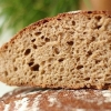Домашні маски для волосся з хліба