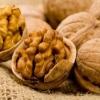 Волоські горіхи захищають від раку простати