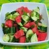 Як приготувати салат з кавуна і огірка