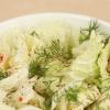 Як приготувати салат з яблуками і сиром