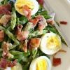 Як приготувати салат зі спаржею та яйцем
