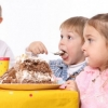 Як розважити дітей на святі