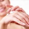 Як вирішити проблему сухості шкіри рук