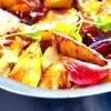 Картопляні дольки з цибулею, запечені з бальзамико