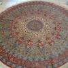 Круглий килим - дизайнерське доповнення до декору