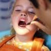 Основні причини чорних зубів у дітей