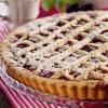 Пиріг з пісочного тіста з ягодами
