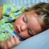 Дитина повинна спати один