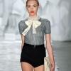 Шорти 2012: сміливий виклик традиціям модного гардероба