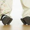 Стоптане взуття шкодить хребту