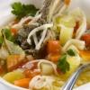 Суп з баранини з домашньою локшиною в скороварці