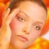 Ефективний крем для шкіри навколо очей. Як наносити крем навколо очей?