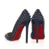 Туфлі з червоною підошвою - класика і сексуальність