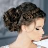 Варіанти весільних зачісок на довге волосся з чубчиком